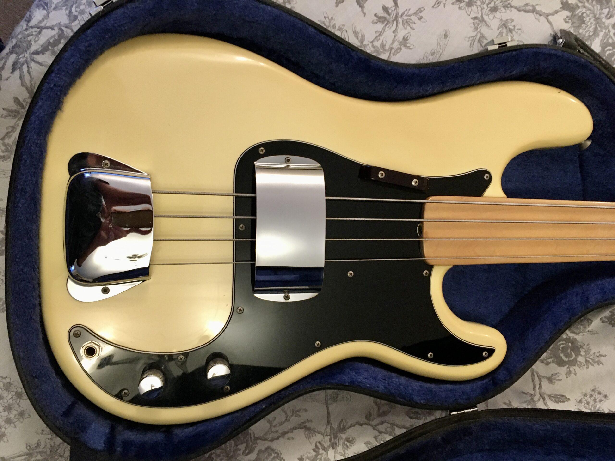 1977 Fender Precision Bass fretless
